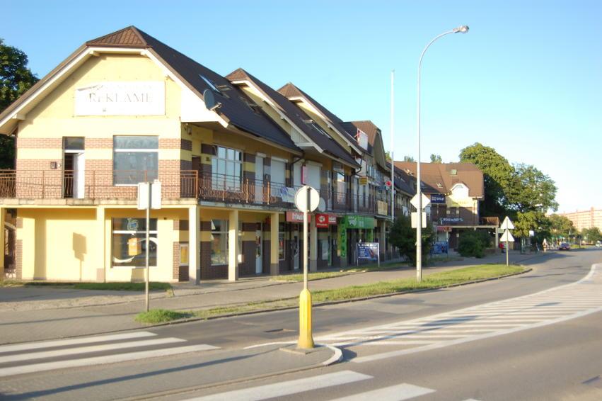 Galeria usługowo-handlowa w Gdańsku ul. Bora-Komorowskiego